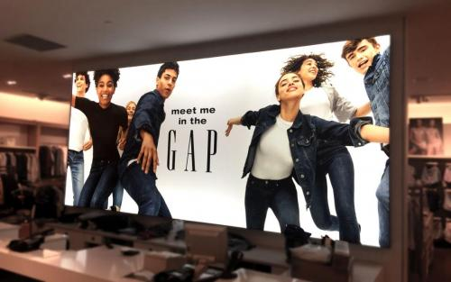Signage---Gap